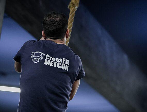 rope climb-crossfit metcon